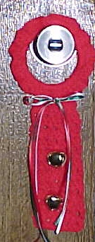 Door Knob Hanger Christmas Crochet Pattern