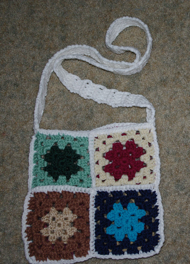 Granny Square Shoulder Bag Crochet Pattern Free Crochet Pattern