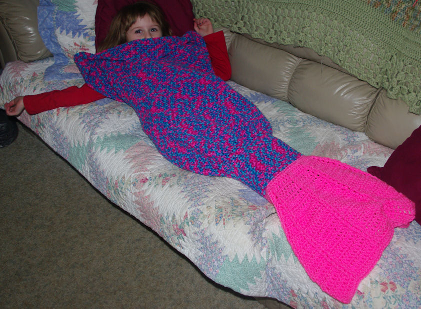 Julee's Mermaid Tail Feet Go In The Fin Crochet Pattern Free Classy Crochet Mermaid Tail Pattern