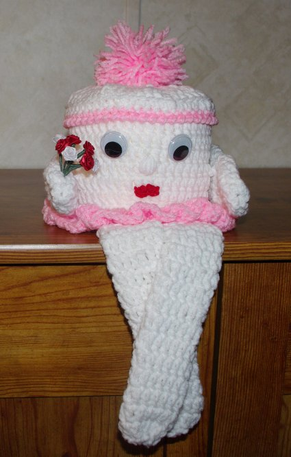 Molly Toilet Paper Cover Crochet Pattern