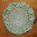 Beaded Rose Jar Doily - Free Patterns - Download Free Patterns